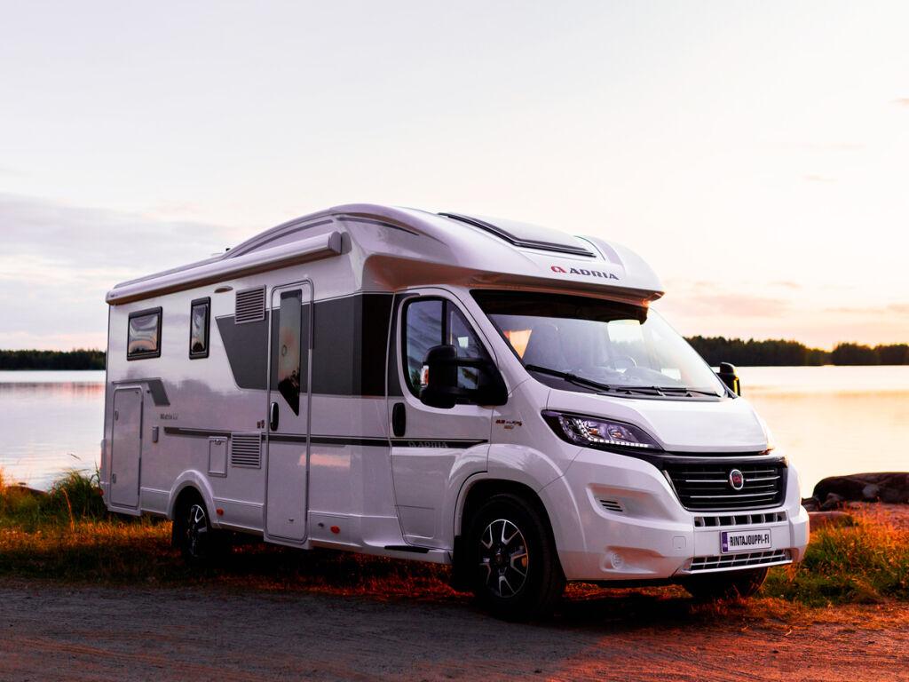 Suositut Adria Compact -asuntoautot J. Rinta-Joupilta!